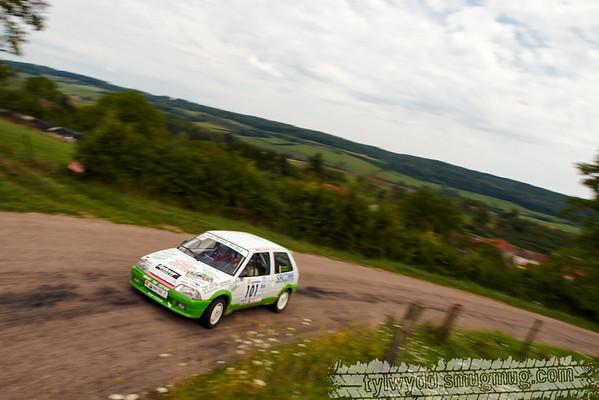 Equipage n°101<br /> <br /> BRIANTAIS Gaëtan<br /> BRIANTAIS Géraldine <br /> <br /> Citroën AX GTI